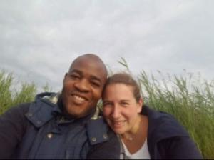 Susanne und Kana Tanguebou