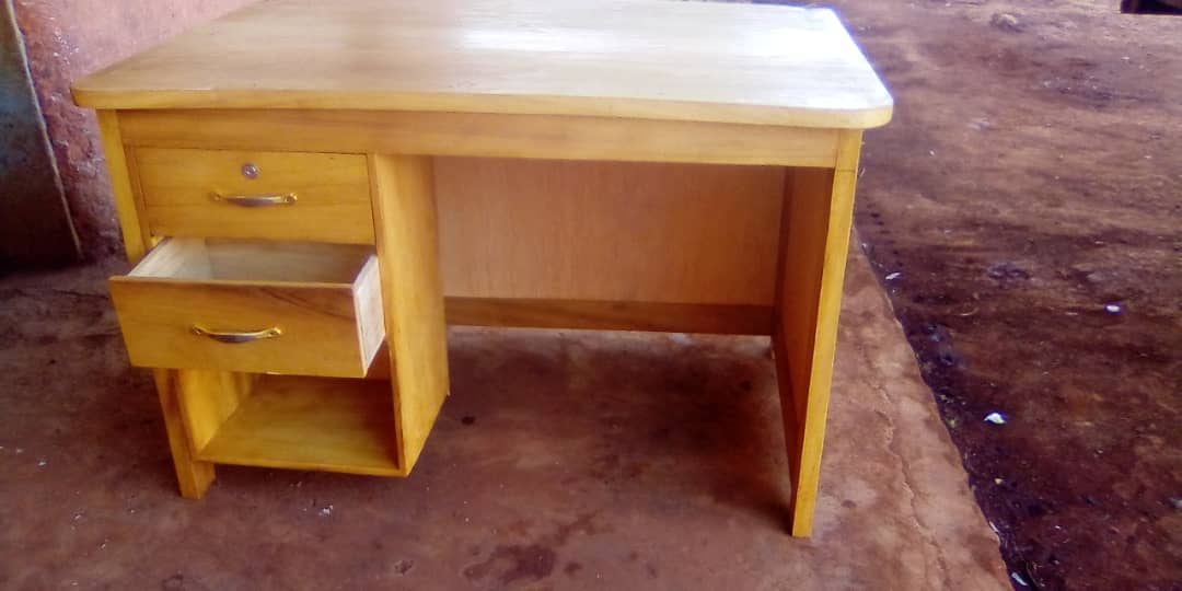 Anschaffung von Stühle und Tische für Lernbauernhof CEFORUSA