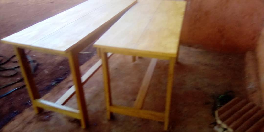 Tische für CEFORUSA